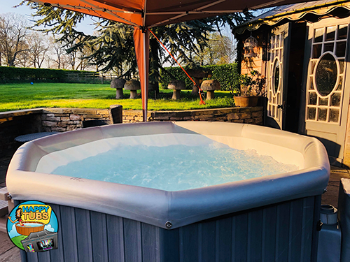 hot tub hire available this weekend with happytubs