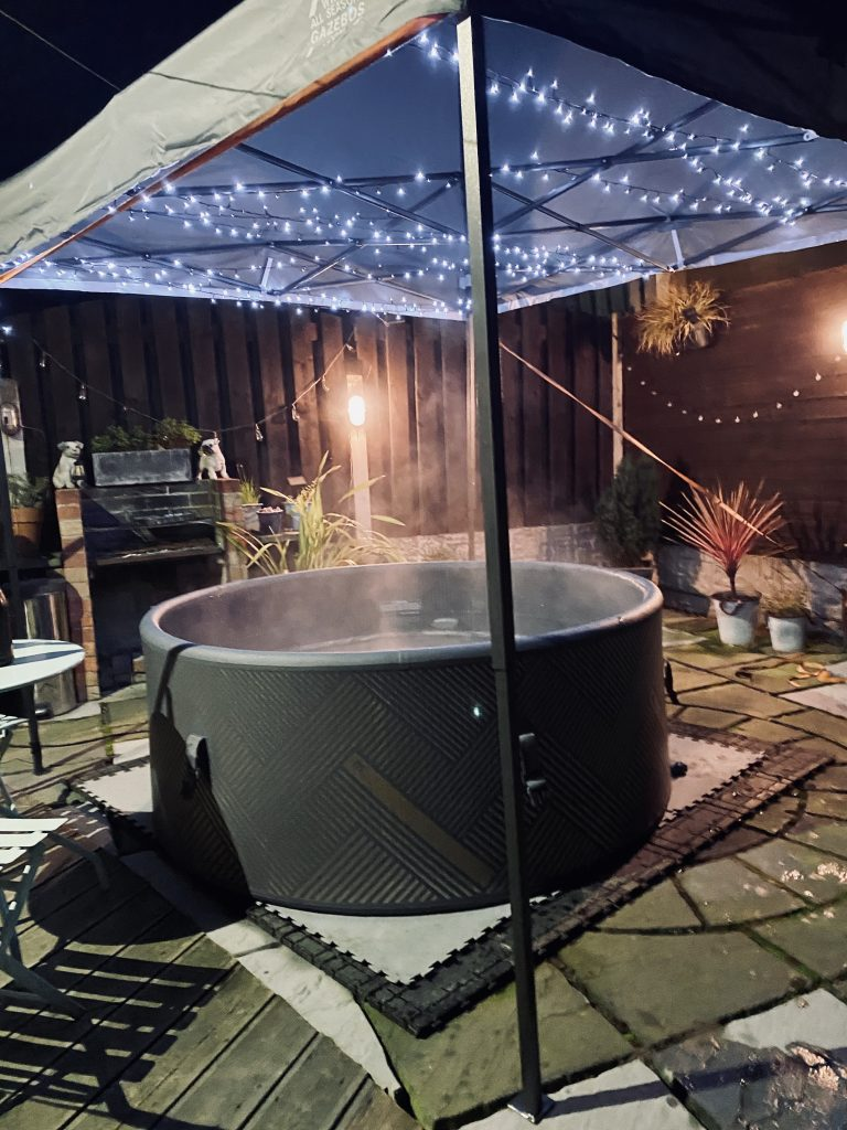 Hot Tub Hire Package